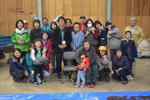 川西町東沢地区の『紅大豆オーナー』を取材させてもらったんだっし。